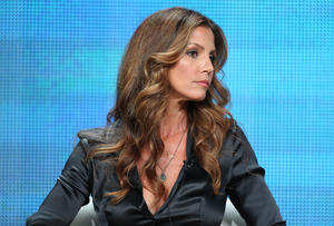th_779210674_charisma_carpenter_2013_sum