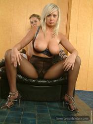 [Image: th_550755433_Pantyhose_Lesbians_0089_123_1147lo.jpg]
