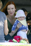 th 90576 marcia cross twins swing 07 122 246lo - Desperate Housewives