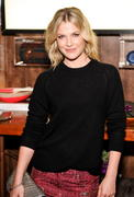 Ali Larter - Wantful Art of Giving event in Los Angeles 10/29/12