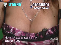 [IMG]http://img184.imagevenue.com/loc830/th_665301683_tduid300077_Joanna_Golabek_12_10_201304copia_122_830lo.jpg[/IMG]
