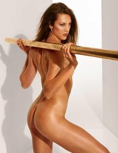 Nackt  Petrissa Solja eine Frau